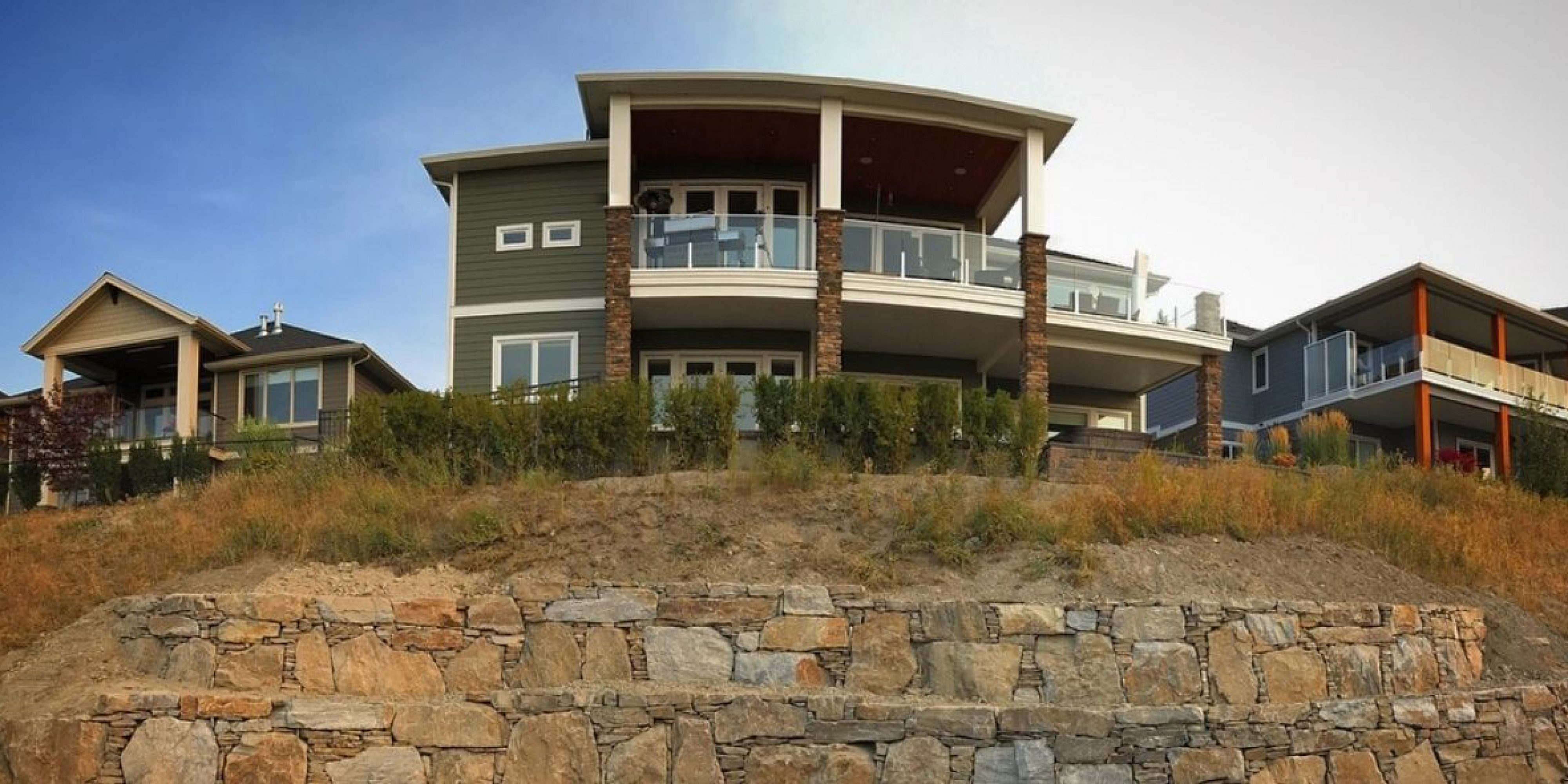 Rock wall contractor Kelowna Okanagan